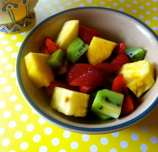 fruit breakfast bowl