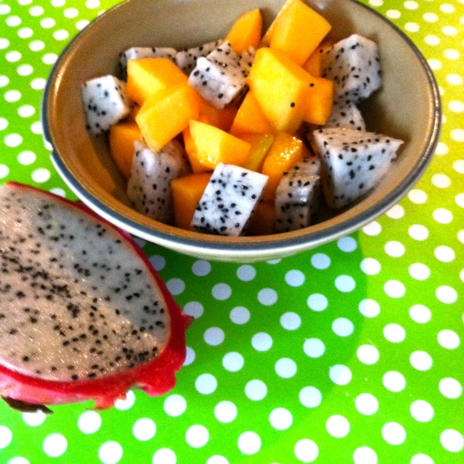 dragon fruit and cantaloupe bowl