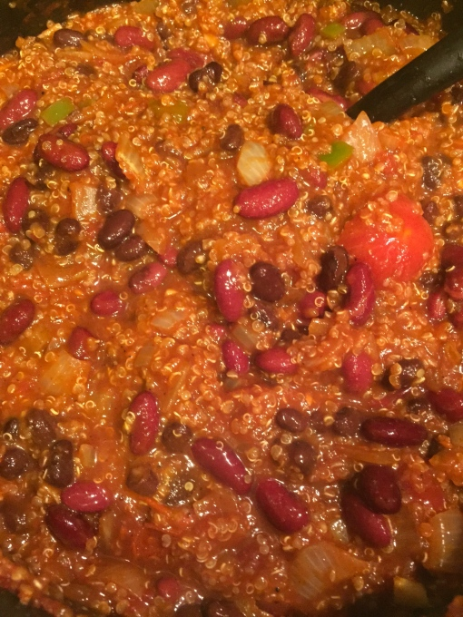 vegan quinoa chili || Journey for Jessi